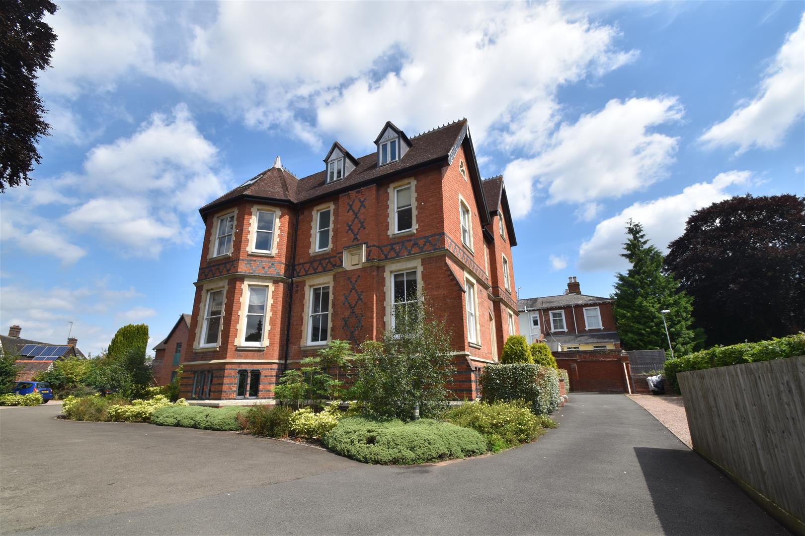 1 Bedroom Property for sale in Barbourne Terrace, Worcester